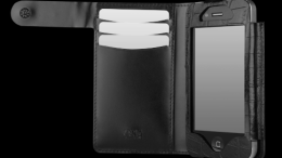 Sena's Quality Leather Plus the iPhone 4S' Power Makes for a Winning, Luxurious Combination