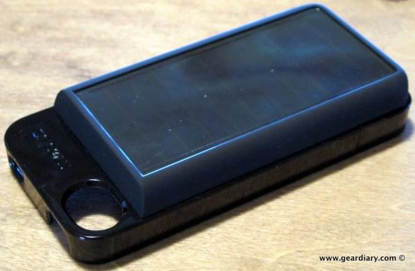 geardiary-eton-mobius-solar-battery-pack-4