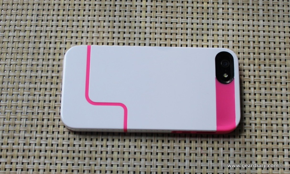 Gear-Diary-Incipio-Edge-Pro-iPhone-5.52-1.jpg