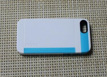 Gear-Diary-Incipio-Stowaway-iPhone-5.32-1.jpg