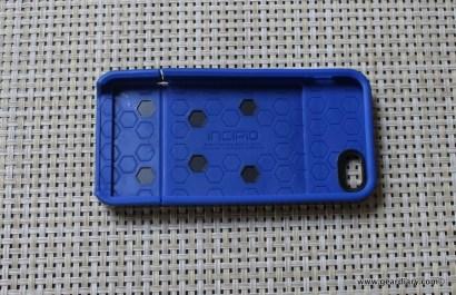 Gear-Diary-Incipio-iPhone-5-Stash.05.jpg