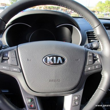 2014 Kia Sorento Test Drive: Mid-Size SUV Loaded with Luxuries  2014 Kia Sorento Test Drive: Mid-Size SUV Loaded with Luxuries  2014 Kia Sorento Test Drive: Mid-Size SUV Loaded with Luxuries