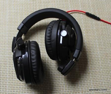 JVC HA-MR77X DJ-style Over-the-Ear Headphones