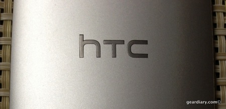 HTC ONE: A Review from Two Continents