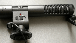Shoot Better iPhone Video With the Satechi Professional DV Stereo Microphone