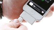 The Arriba! Adapter Is a Brilliant 2-in-1 iPhone 5 Charging Solution