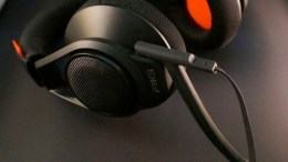 Plantronics Gaming Throws Down with Their New RIG Headset