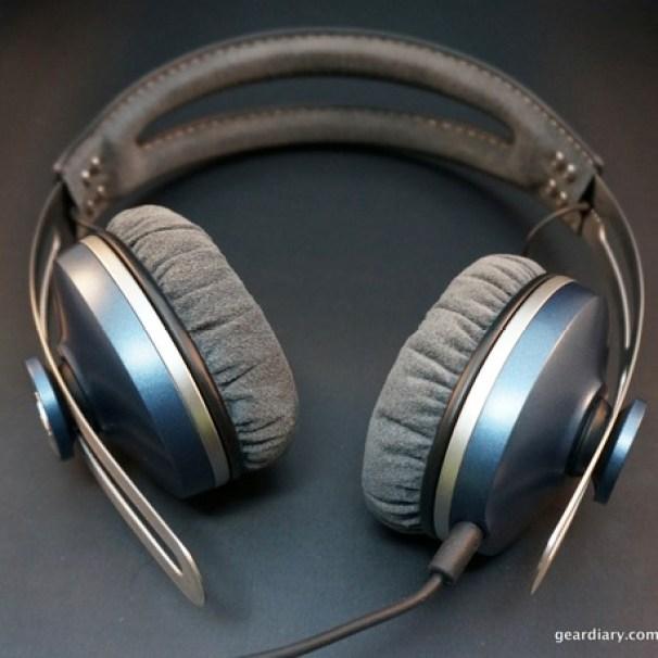 Gear-Diary-Sennheiser-Momentum-OnEar-Headphones.52.jpeg