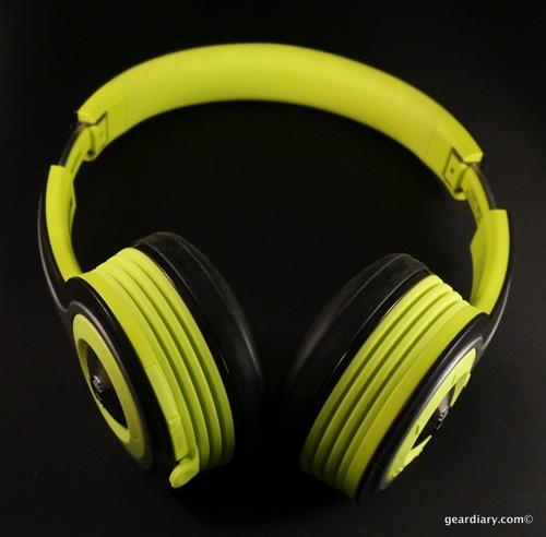 Gear Diary Monster iSport Freedom Bluetooth Headphones 50