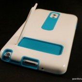 iLuv FlightFit Props and Protects the GALAXY Note 3