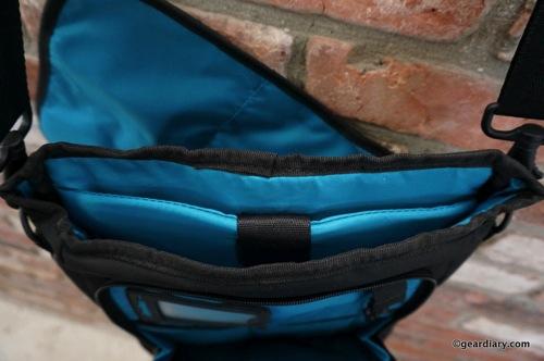 Gear Diary Skooba iPad Tablet Courier Bag 54