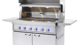 Lynx Brings Gas Grills into the Modern Age with its Smart Grill Concept