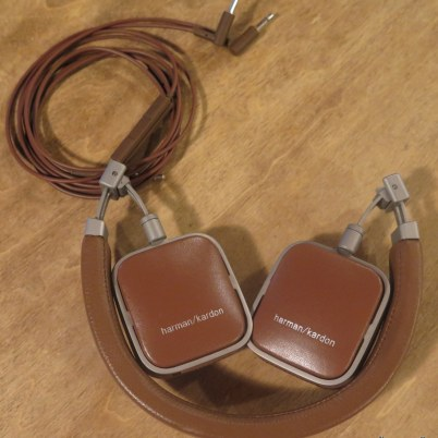 geardiary-harman-kardon-soho-on-ear-earphones-012