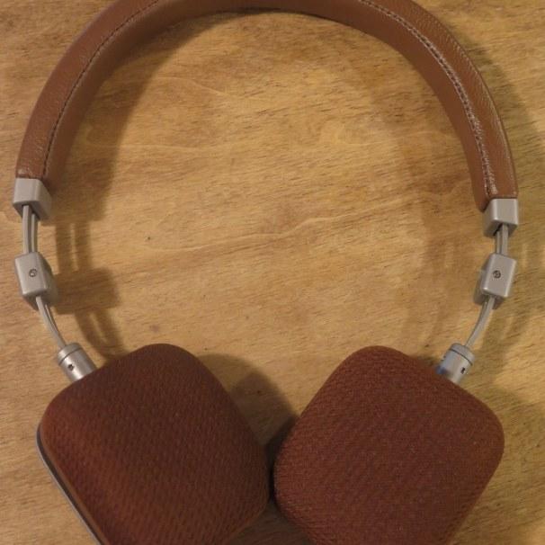 geardiary-harman-kardon-soho-on-ear-earphones-014