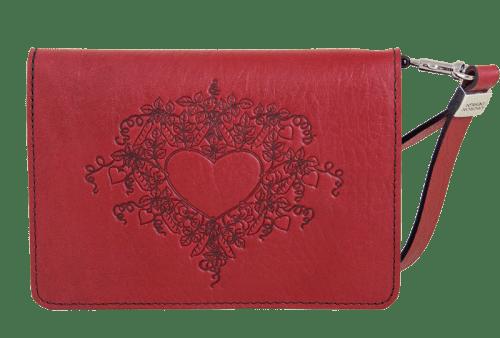 leather-wristlet-sweet-pea-heart-800