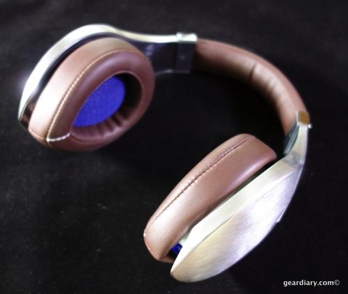 08 Gear Diary Velodyne vTrue Headphones May 23 2014 5 01 PM 52