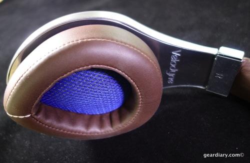 14 Gear Diary Velodyne vTrue Headphones May 23 2014 5 02 PM 27