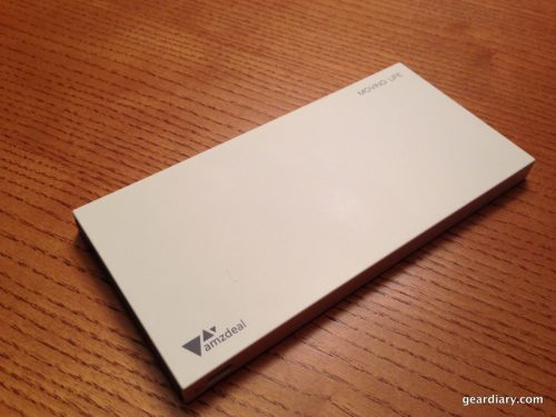 Amzdeal Moving Life 8,000 mAh Power Bank Review  Amzdeal Moving Life 8,000 mAh Power Bank Review