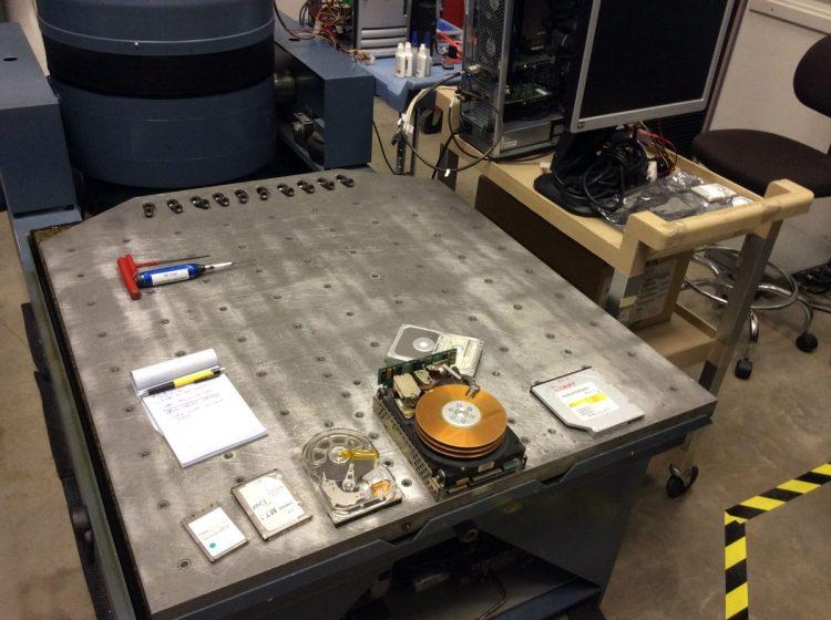 HP Houston Labs039