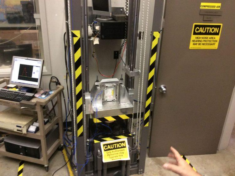 HP Houston Labs042
