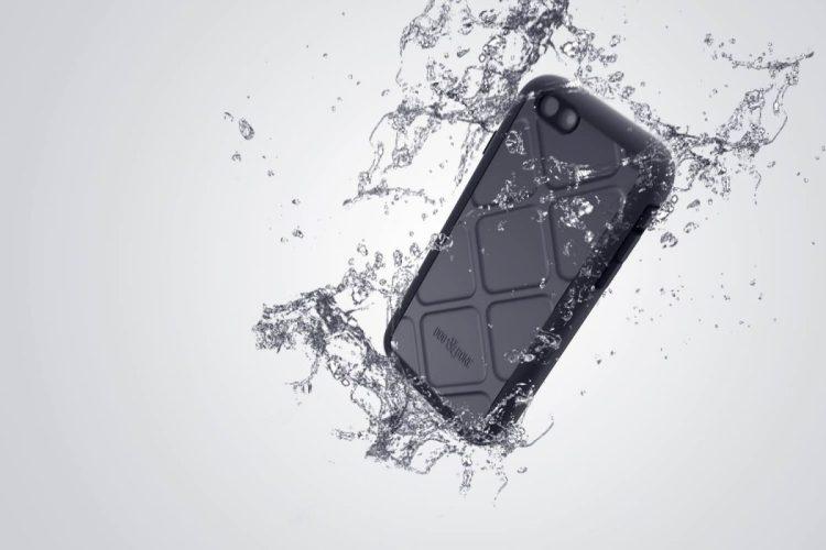 Wetsuit for iPhone 6/Images courtesy Dog & Bone