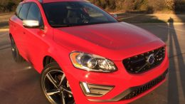 2015.5 Volvo S60 and XC60 Get All Tech'd Out