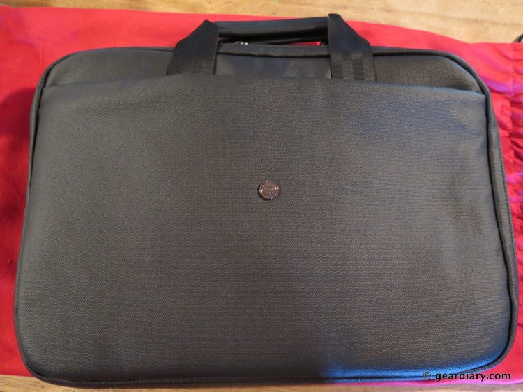 Gear Diary Reviews the Phorce Freedom Laptop Bag-005
