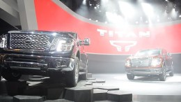 Nissan Unveils New Titan Pickup in Detroit, Now With a Diesel