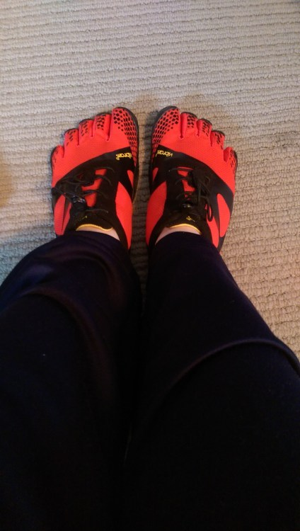 Vibram FiveFingers KSO EVO Review-Toe Shoe Perfection!