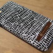 Incipio's Trina Turk iPhone 6 Plus Case Review: Beautiful Protection