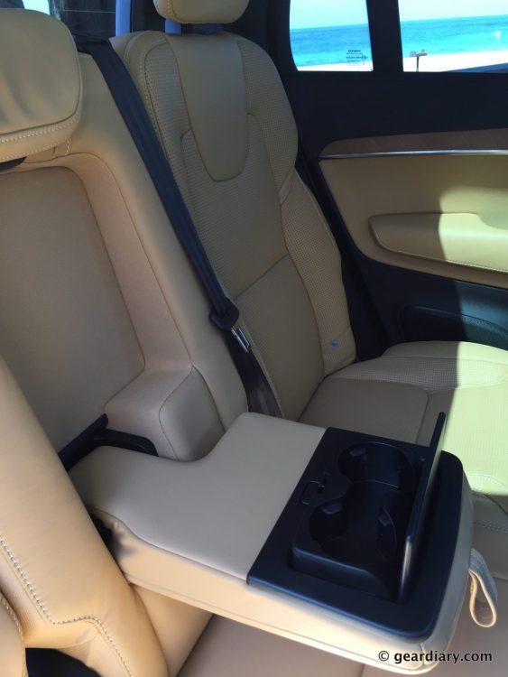 2016 Volvo XC90 T6 Test Drive.06-001