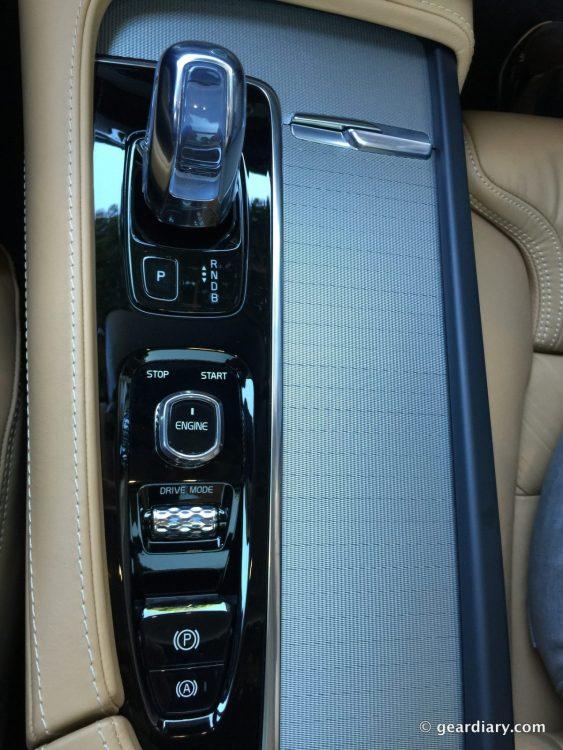 2016 Volvo XC90 T8 Test Drive.18