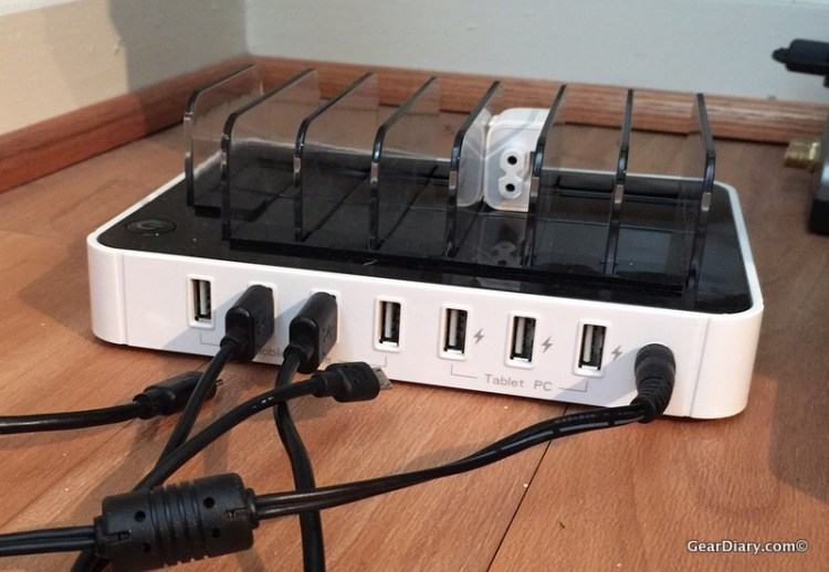 Charge EVERYTHING at Once with Satechi's 7-Port Charging Dock!