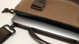 """Waterfield Zip Briefcase for 12"""" MacBook Is Small, Light and Easy to Carry"""