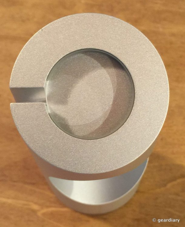 04-Just Mobile TimeStand for Apple Watch.53