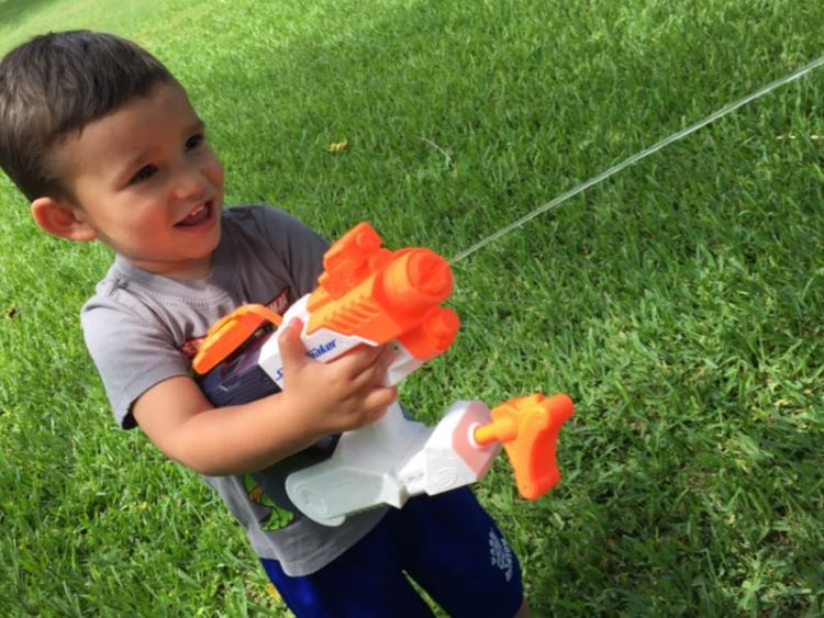 Nerf Super Soaker Squall Surge/Images by David Goodspeed
