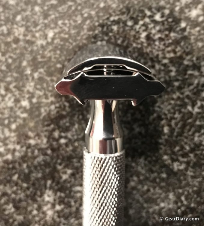 The Rockwell Chrome Series Double Edge Razor Is an Affordable Luxury