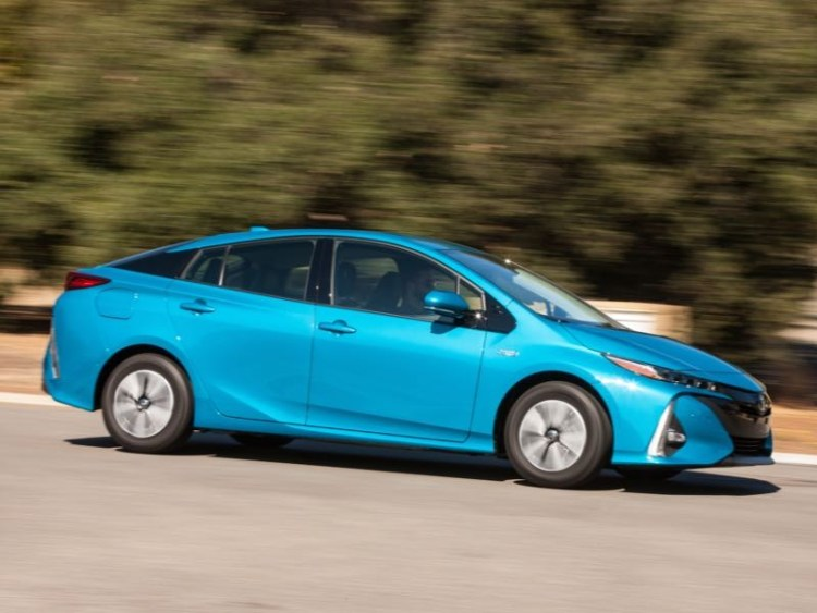 2017 Toyota Prius Prime Plug-in Helps You Cut the Cord at the Pump  2017 Toyota Prius Prime Plug-in Helps You Cut the Cord at the Pump