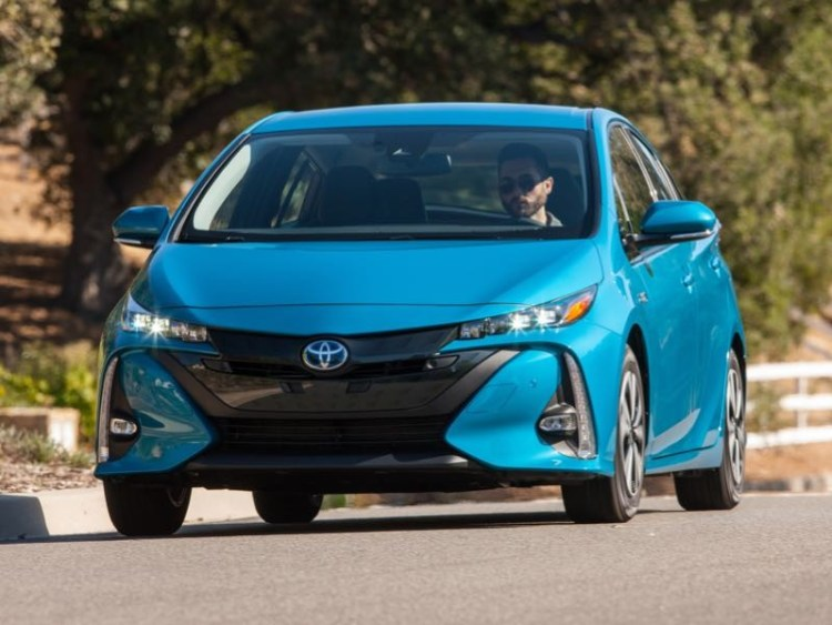 2017 Toyota Prius Prime Plug-in Helps You Cut the Cord at the Pump  2017 Toyota Prius Prime Plug-in Helps You Cut the Cord at the Pump  2017 Toyota Prius Prime Plug-in Helps You Cut the Cord at the Pump  2017 Toyota Prius Prime Plug-in Helps You Cut the Cord at the Pump