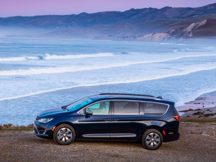 2017 Chrysler Pacifica Hybrid Minivan Is Electrifying  2017 Chrysler Pacifica Hybrid Minivan Is Electrifying  2017 Chrysler Pacifica Hybrid Minivan Is Electrifying  2017 Chrysler Pacifica Hybrid Minivan Is Electrifying  2017 Chrysler Pacifica Hybrid Minivan Is Electrifying