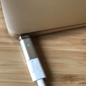 SynCharge Promises They'll Give Your MacBook Back Its Magnetic Charger