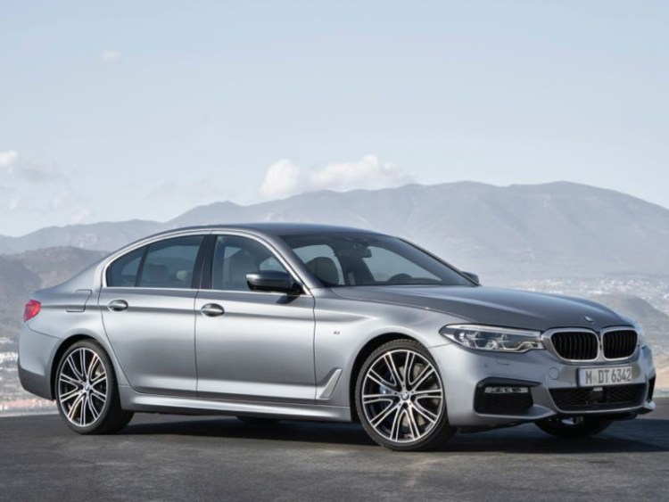 GearDiary 2017 BMW 530i Luxury Sport Sedan Packs in the Wow Factor