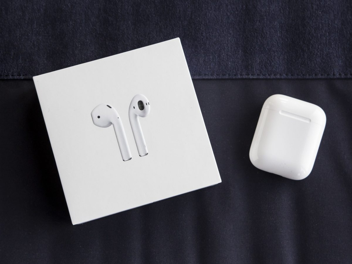 apple airpods review paired with android u2022 geardiary