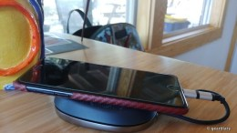 SanDisk iXpand Base Review: Auto Backups While Your iPhone Charges
