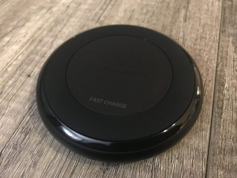 GearDiary RavPower Wireless Charging Base Is the Perfect Companion for Your iPhone X