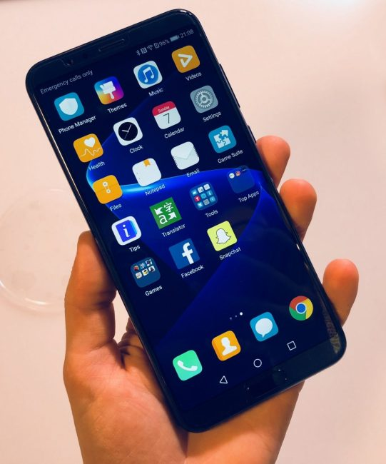 GearDiary Honor View10 Is Available for Pre-Order for $499