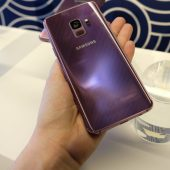 Samsung Galaxy S9 Takes on Apple's Animojis and Improves on Low-Light Photos (Hands-on)