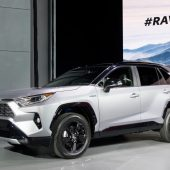 Toyota's 2019 RAV4 Gets a New XSE Hybrid Model and Amazon Alexa