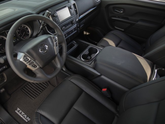 2018 Nissan Titan Midnight Edition Sees Light of Day