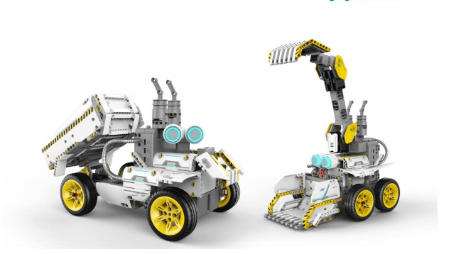 BuilderBots Are Toys That Teach Coding